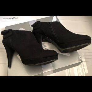 Impo Womens' Suede Phoenix Casual Booties Size 8